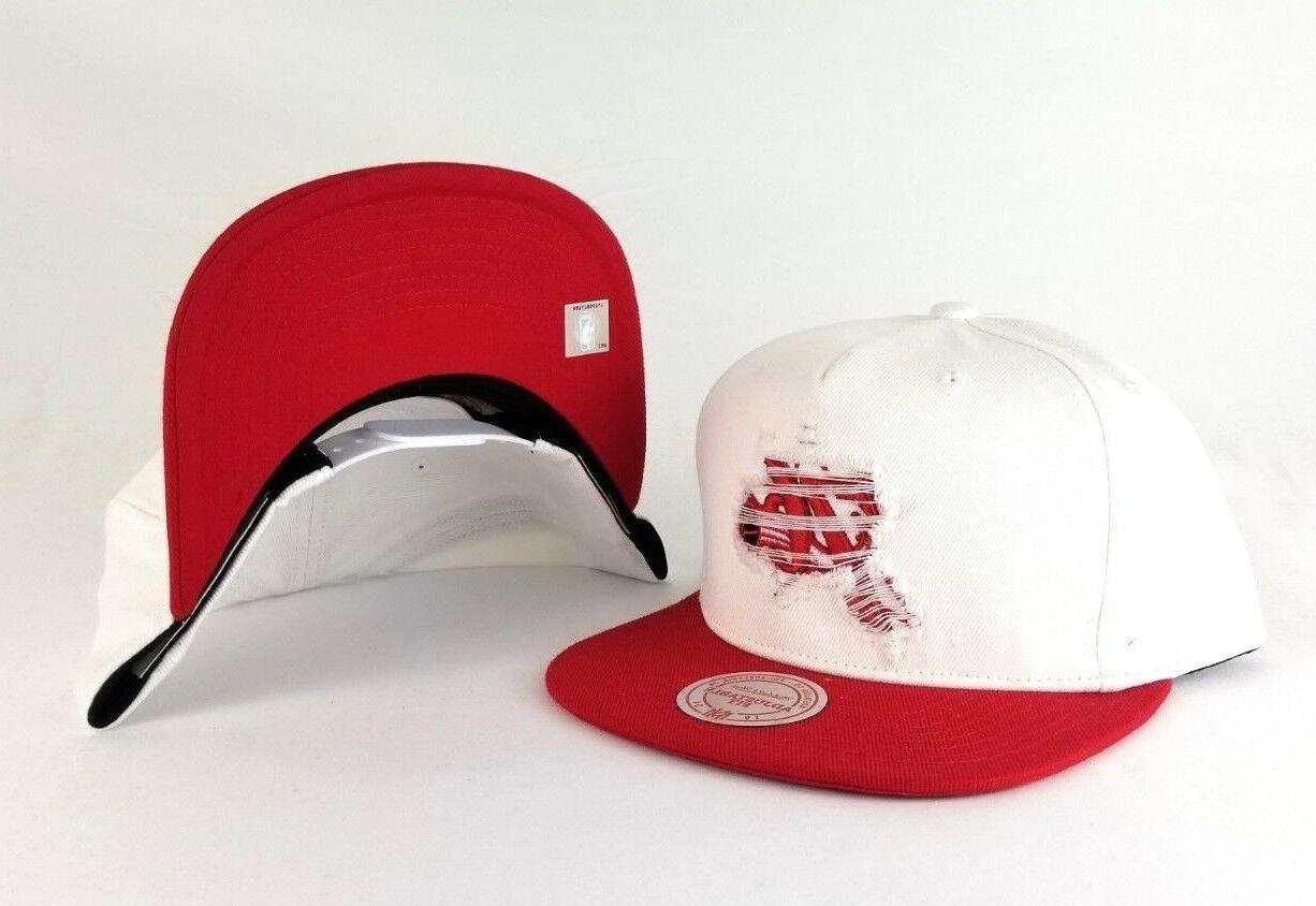 Mitchell & Ness Philadelphia 76ers Red Hat